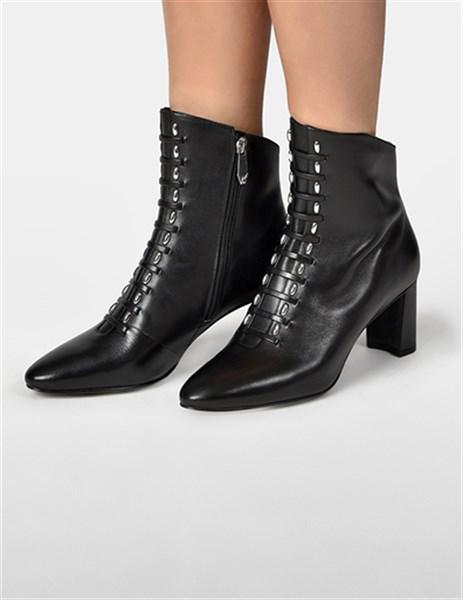 Какой бывает зимняя обувь и на что стоит обратить внимание при её выборе?