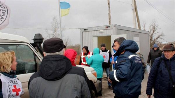 Инструкция, как пенсионеру-переселенцу из Горловки проверить дату пересечения линии разграничения