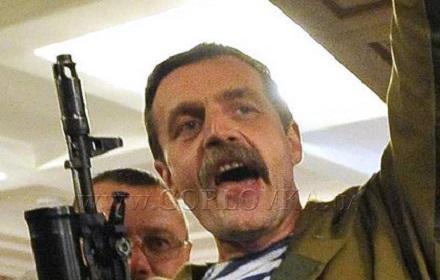 Страсти накаляются: лидера горловских боевиков Игоря Безлера свои же обвиняют в краже 200 миллионов гривен из Горловки