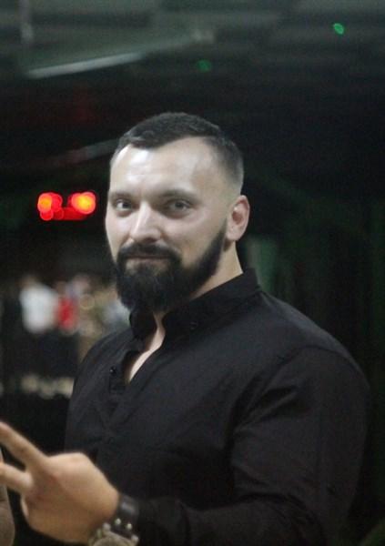 """В Горловке возобновил работу ночной клуб """"Вулкан"""". Вот кто им теперь занимается"""