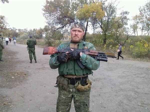 В Горловке боевик «ДНР» избил супругу, а испугавшийся ребенок со страха выпрыгнул с окна 2-го этажа