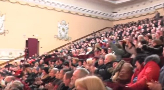 В Горловке московская группа спела музыкальные хиты 70-80 годов