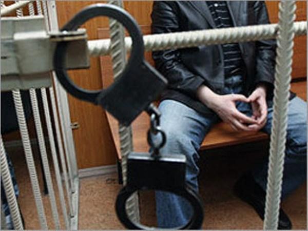 Уточнение из милиции: на причастность к убийству 9-летней Мирославы отрабатываются двое жителей Горловки, ранее судимых за развращение малолетних