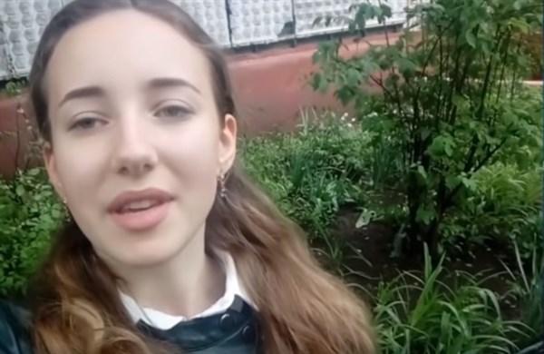 Чем занимается Евгения Тертычная из Горловки, записавшая видеообращение к Зеленскому