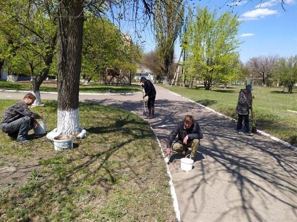 Вакансии в Горловке: где можно местным жителям найти работу и сколько за нее платят