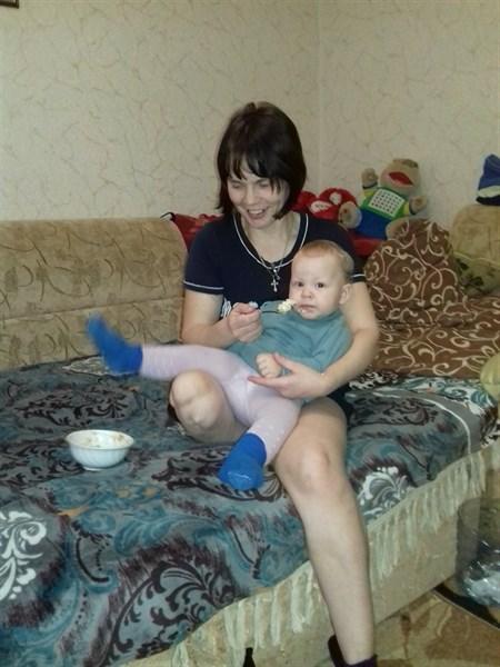 """Судьба горловской защитницы """"ДНР"""": ноги нет, денег нет, работы нет. С 4 детьми на нищенском пособии"""
