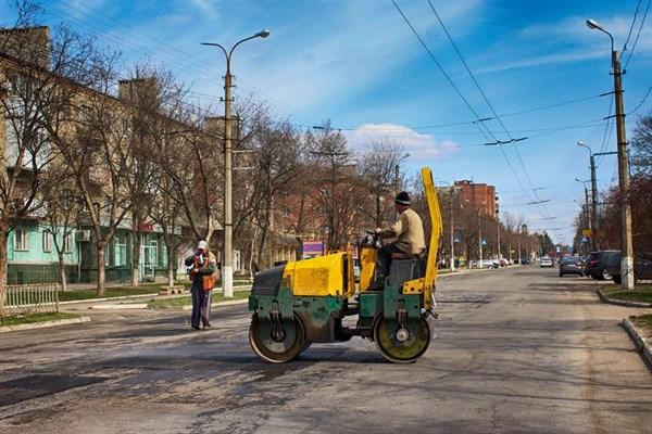 В Горловке ждут российских паспортов, ремонтируют дороги и восстанавливают храм - блогер о мирной жизни