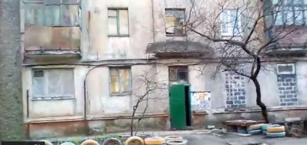 """""""За пару лет Горловка превратилась в бомжатник"""": что думают горловчане в состоянии города"""