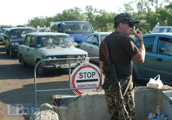 Общественные наблюдатели месяц мониторили ситуацию на контрольном пункте въезда-выезда «Зайцево»: итоги