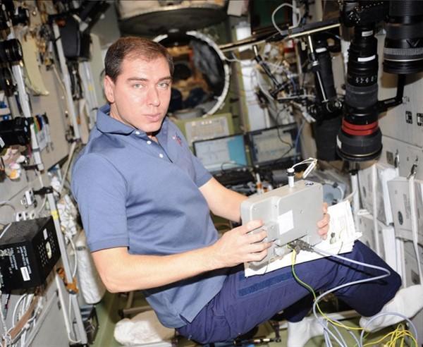 Самый известный космонавт из Горловки Александр Волков.Вот воспоминания его сына Сергея, он тоже был в космосе