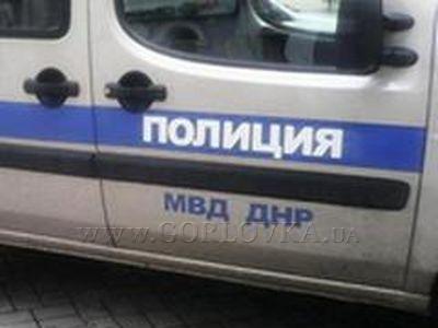 Вподконтрольном ДНР Торезе наулице расстреляли мужчину смаленьким сыном