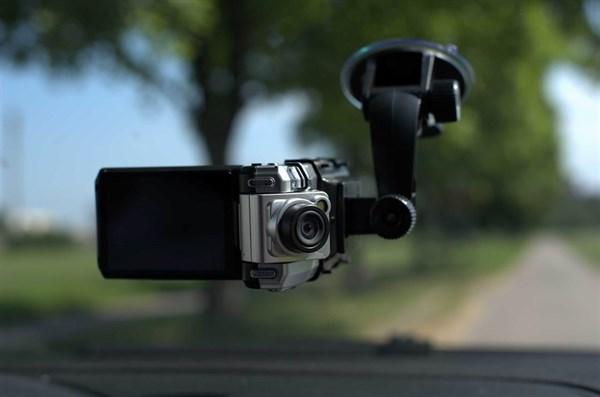 В помощь автомобилисту: видеорегистратор