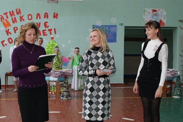 Рождество в семье депутата Светланы Басовой: утром встречают колядующих детишек, затем везут кутью крестным