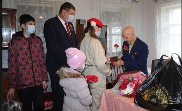 В поселке Зайцево Горловки остался в живых один ветеран Второй мировой войны