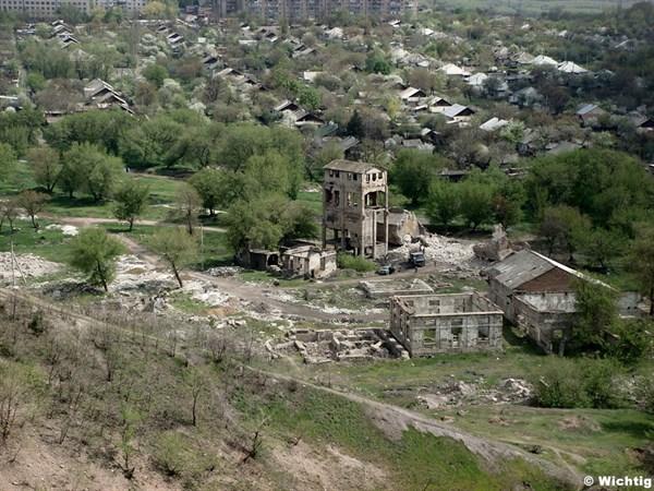 Исторические руины шахты № 19-20 в Горловке, в границах которой частники вновь хотят наладить добычу угля
