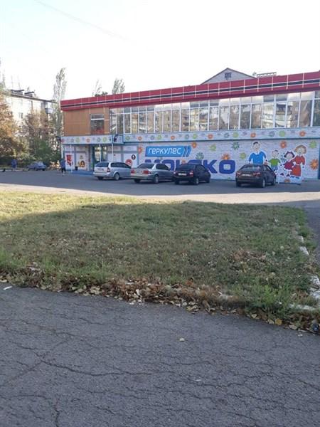 В Горловке появились два новых супермаркета