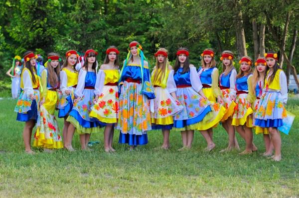 Подростков приглашают в Европейский лагерь под Киевом. Преимущества для переселенцев и детей сельской местности
