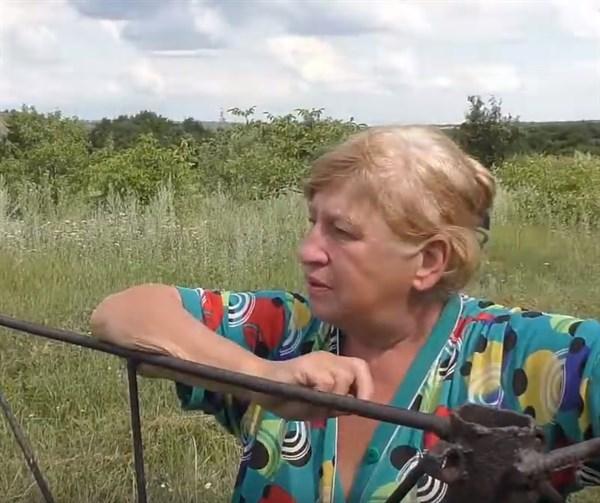 """""""Нас Украина бросила. Мы ей не нужны"""", - жительница Зайцево, часть которого под контролем """"ДНР"""""""