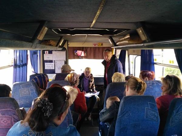 Бесплатный автобус для серой зоны Донбасса, общественный ресторан в Краматорске: как живут и выживают переселенцы и жители Донецкой и Луганской области