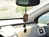 В машину на зеркало своими руками 94