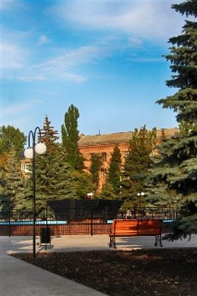 В Горловке показали обновленную площадь Победы и фонтан