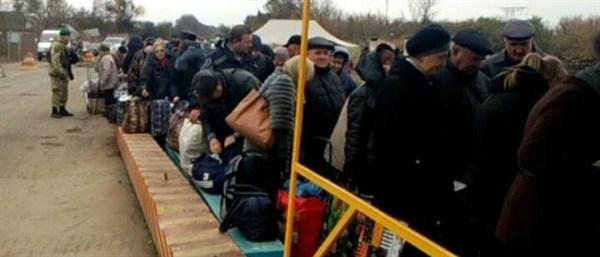 Жителям Горловки объяснили, как пересечь КПВВ без паспорта в случае утери