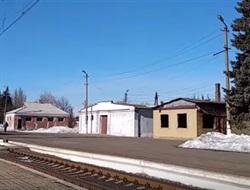 Билеты вручную и проводница с блинами: житель Горловки показал путешествие пригородным поездом со станции Никитовка