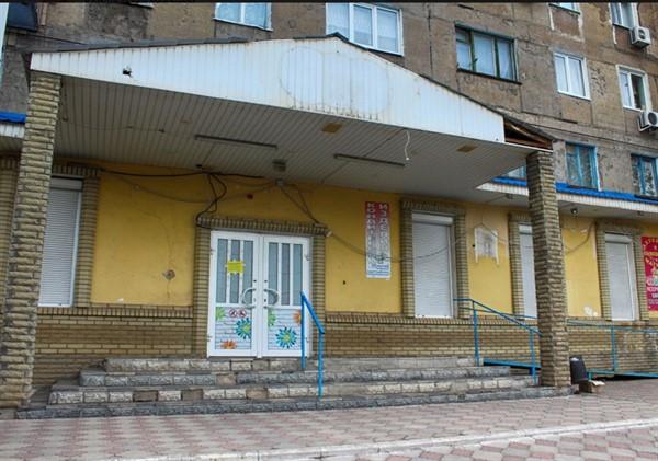 В Горловке по улице Красношапки больше не работает магазин «Геркулес-Moloko»