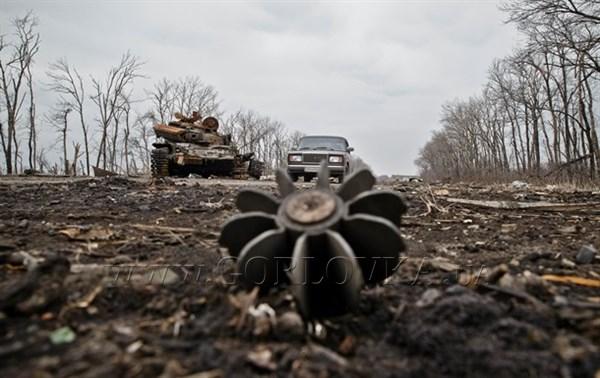 Из-за обстрела в горловском поселке поврежден дом и газопровод