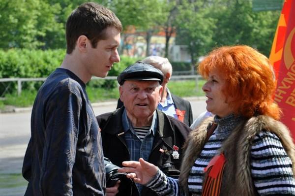 Первый секретарь Горловского горкома КПУ считает, что у Ахметова надо забрать его «заводы, газеты, пароходы»