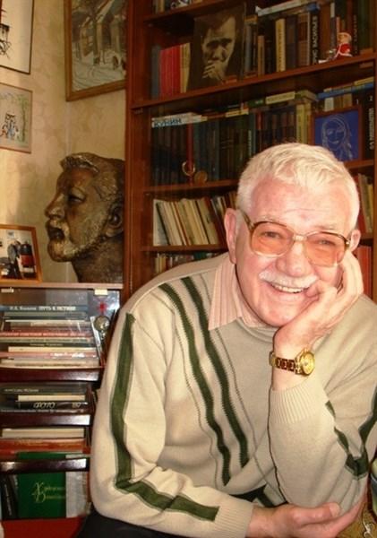 Донбасский Хемингуэй: ушел из жизни известный поэт и писатель Владимир Калиниченко, проживавший до войны в Енакиево