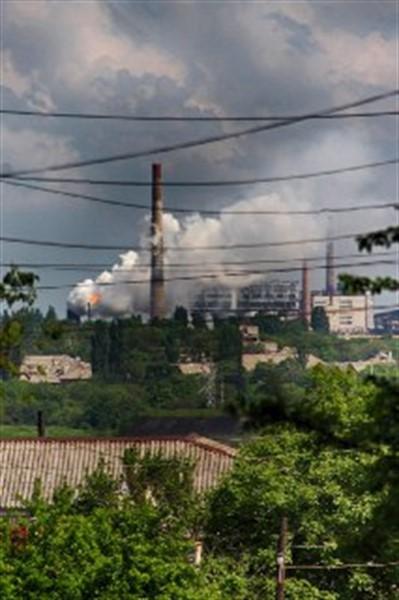 По Горловке распространяется противный запах: чадит коксохимический завод. Причина не понятна