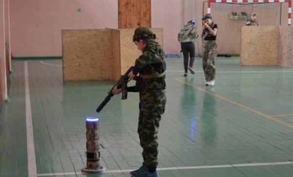 В Горловке провели соревнования детских военных клубов