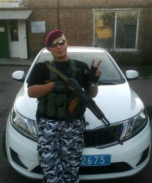 """На КПВВ """"Новотроицкое"""" задержан боевик из Горловки"""