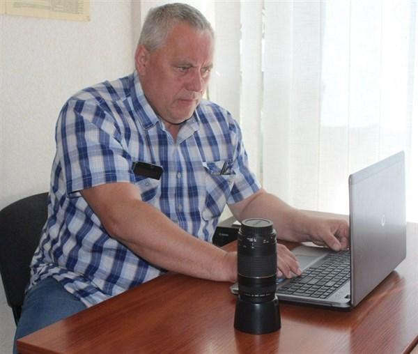 В Горловке умер местный житель Юрий Клесов. Он известен как военкор Doctor Gor