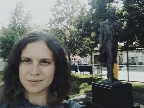 Горловчанка, проживающая в Киеве, ищет брошенным на войне собакам новых владельцев