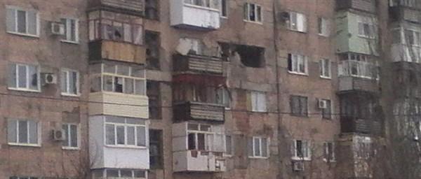 Горловка после дня обстрелов: трое погибших, 17 раненых, повреждены 14 школ, приостановлена работа детских садов