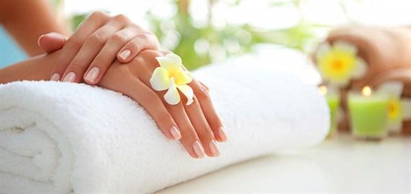Самые полезные процедуры для красивой кожи рук