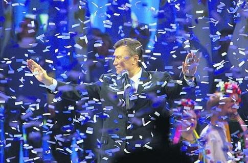 Именины Януковича: горловчане желают Президенту вернуть утраченное доверие людей,  добиться послушания внуков и нового срока (фотоопрос на Gorlovka.ua)