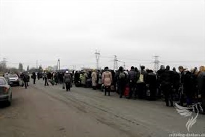 Ситуация на блокпостах 10 декабря: из Горловки на Украину 80 машин, на Гнутово - тянучка