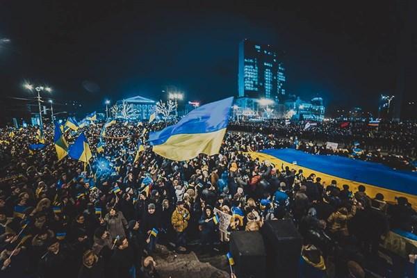 Мы за мир: в Донецке люди кричат «Слава Украине», а в ответ в них кидают яйца участники пророссийского митинга. Началась драка (ОНЛАЙ-ТРАНСЛЯЦИЯ, ФОТО И ВИДЕО)