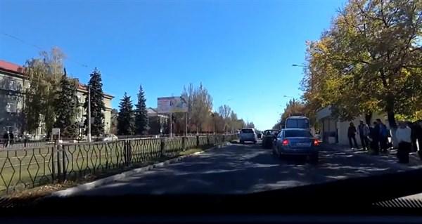 Жители Горловки опровергают, что город безлюдный (ВИДЕО)