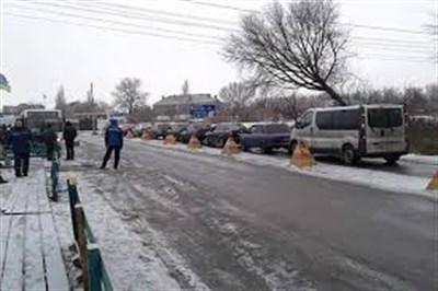 Ситуация на блокпостах 16 января: возле Горловке до тысячи человек пешей очереди