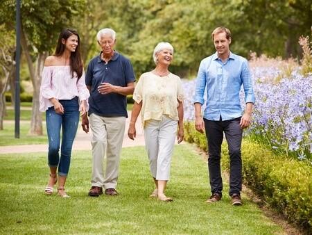 Частный дом престарелых: правила и преимущества
