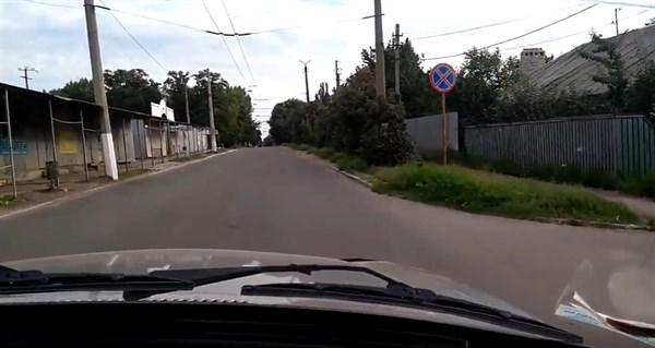 Жительница Горловки показала пустой город в 6 вечера. Смотрите сами