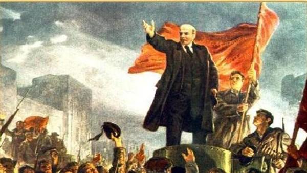 """""""Ленин на броневике - это страшно"""", - жителей Горловки спросили, помнят ли они про октябрьскую революцию"""