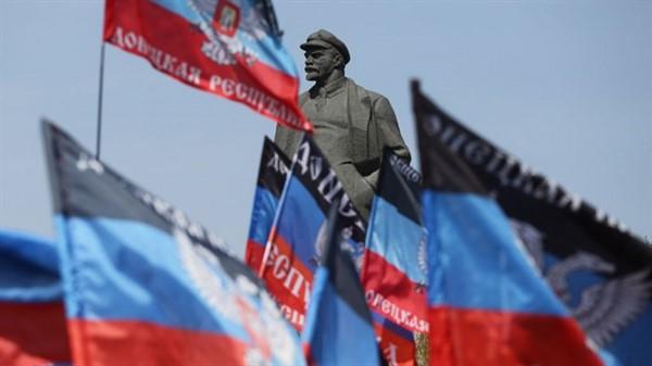 """""""ДНР"""" и """"ЛНР"""" договорились об объединении республик. Что это значит для населения"""