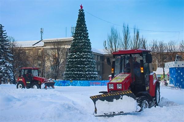 Как сегодня Горловку от снега расчищали