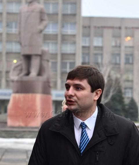 «Мне не хотелось поехать на Евромайдан. И не захочется!»: беспартийный Евгений Клеп хвалит Азарова и Януковича слаще старожилов-регионалов