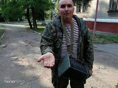 Горловский боевик считает, что вооруженные силы непризнанной республики похожи на побирушку